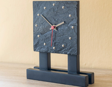 Table Clock 002