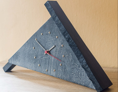 Table Clock 004