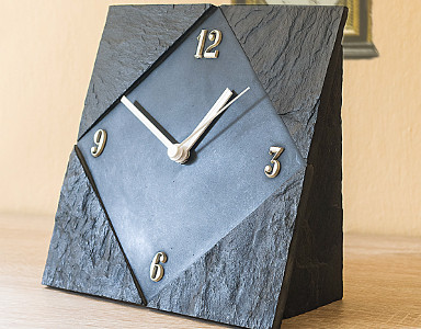 Table Clock 007