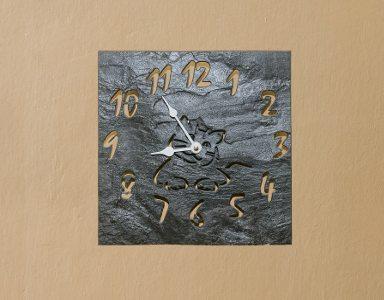 Nástěnné hodiny 002